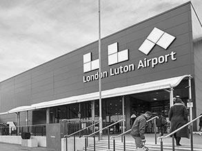 Cab to London Luton Airport from Central London
