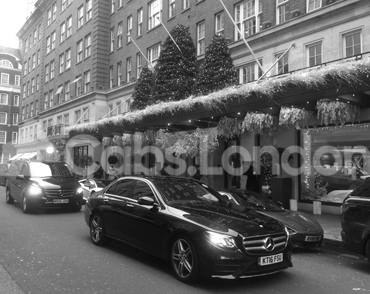 Cab To Bicester Village From London